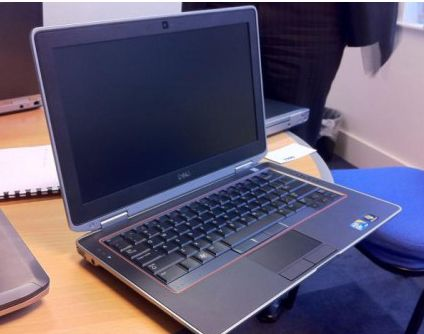 Dell Latitude E6320 core i5 2520M, Ram 4GB, HDD 25GB